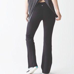 Lululemon Groove Pant III (Regular) Black Size 8